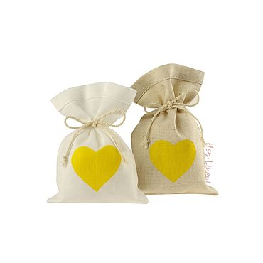 Свадебный салон ручной работы. Ярмарка Мастеров - ручная работа 10х15см. 10шт. Мешочки льняные с желтым сердцем. Handmade.
