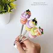 """Посуда ручной работы. Ярмарка Мастеров - ручная работа Ложка с декором """"3 Макаронс с ягодками"""". Handmade."""