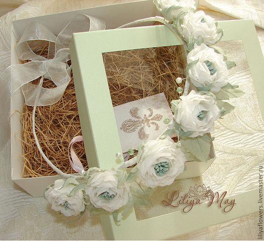"""Свадебные украшения ручной работы. Ярмарка Мастеров - ручная работа. Купить Венок для невесты из белых роз... """"Мятные лепестки"""". Handmade."""