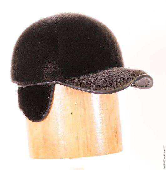 Шапки ручной работы. Ярмарка Мастеров - ручная работа. Купить Бейсболка из меха нерпы с выкладными ушами (шестиклинка). Handmade. Черный