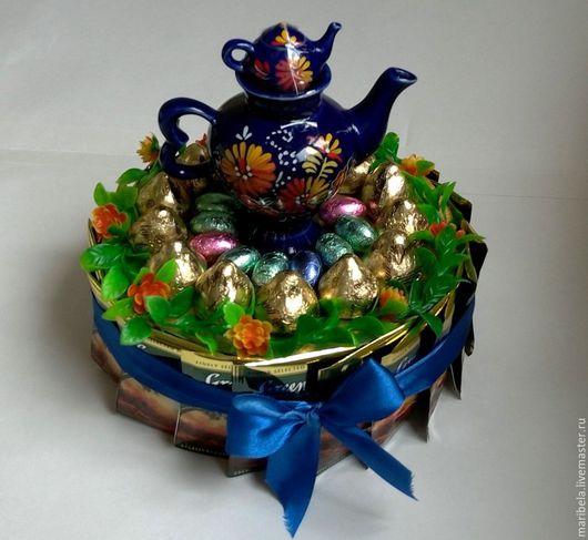 Кулинарные сувениры ручной работы. Ярмарка Мастеров - ручная работа. Купить Торт из конфет (синяя лента). Handmade. Синий, учителю