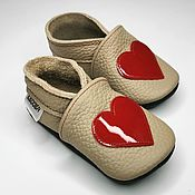 Одежда детская handmade. Livemaster - original item Red Heart Baby Shoes, Ebooba, Beige Baby Booties, Girls` Shoes. Handmade.
