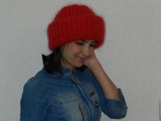 Шапки ручной работы. Ярмарка Мастеров - ручная работа. Купить вязаная шапочка из мохера. Handmade. Ярко-красный, шапка