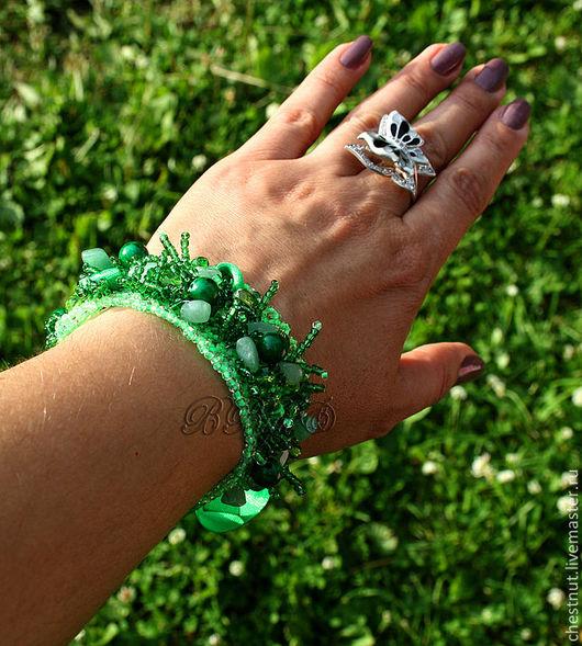 """Браслеты ручной работы. Ярмарка Мастеров - ручная работа. Купить Браслет """"Зеленый луг"""". Handmade. Ярко-зелёный, браслет"""