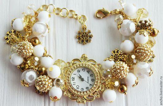 """Часы ручной работы. Ярмарка Мастеров - ручная работа. Купить Часы """"Золотые снежинки"""". Handmade. Золотой, белый, подарок девушке"""