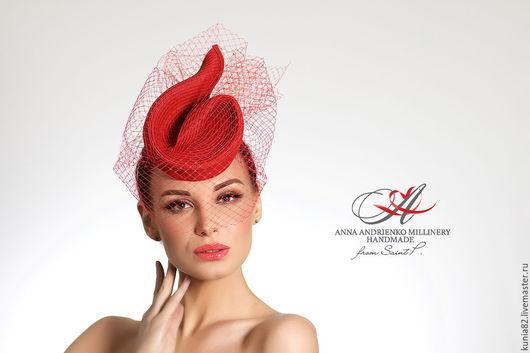 Свадебные и вечерние аксессуары ручной работы.Красная вечерняя шляпка с вуалью. Анна Андриенко. Ярмарка Мастеров