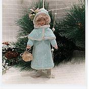 """Подарки к праздникам ручной работы. Ярмарка Мастеров - ручная работа ватная игрушка """"Барышня с подарком"""". Handmade."""