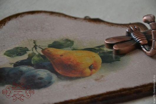 """Кухня ручной работы. Ярмарка Мастеров - ручная работа. Купить Панно-вешалка-ключница """"Фрукты"""". Handmade. Декупаж, вешалка"""