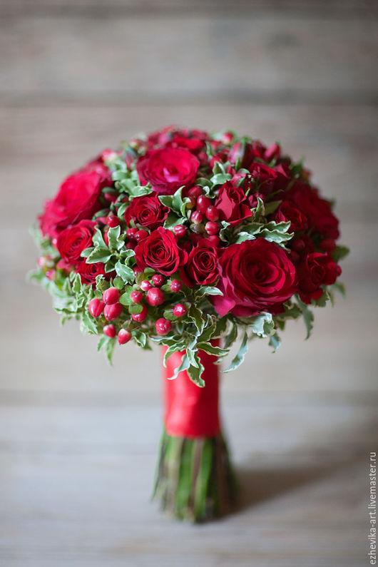Свадебные цветы ручной работы. Ярмарка Мастеров - ручная работа. Купить Красный свадебный букет. Handmade. Ярко-красный