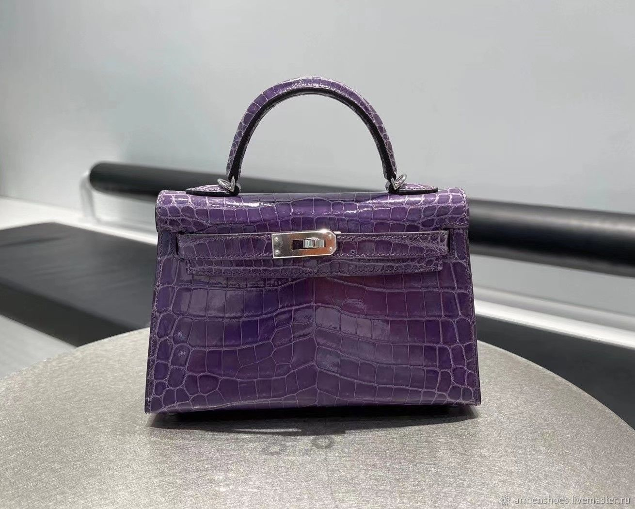 Classic bag made of genuine crocodile leather in purple color, Classic Bag, Tosno,  Фото №1