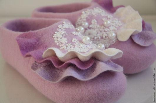 """Обувь ручной работы. Ярмарка Мастеров - ручная работа. Купить Тапочки """"Девичьи грезы"""". Handmade. Розовый, тапочки для девочки"""