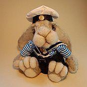 Куклы и игрушки ручной работы. Ярмарка Мастеров - ручная работа Авторская игрушка - Заяц морячок. Handmade.