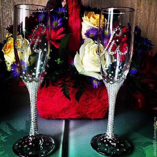 Свадебные аксессуары ручной работы. Ярмарка Мастеров - ручная работа. Купить Свадебные бокалы. Handmade. Разноцветный, оригинальный подарок, именной