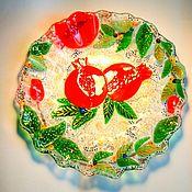 Посуда handmade. Livemaster - original item Plate decorative in the technique of fusing Grenades. Handmade.