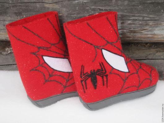 """Обувь ручной работы. Ярмарка Мастеров - ручная работа. Купить Валенки """" человек- паук"""". Handmade. Ярко-красный"""