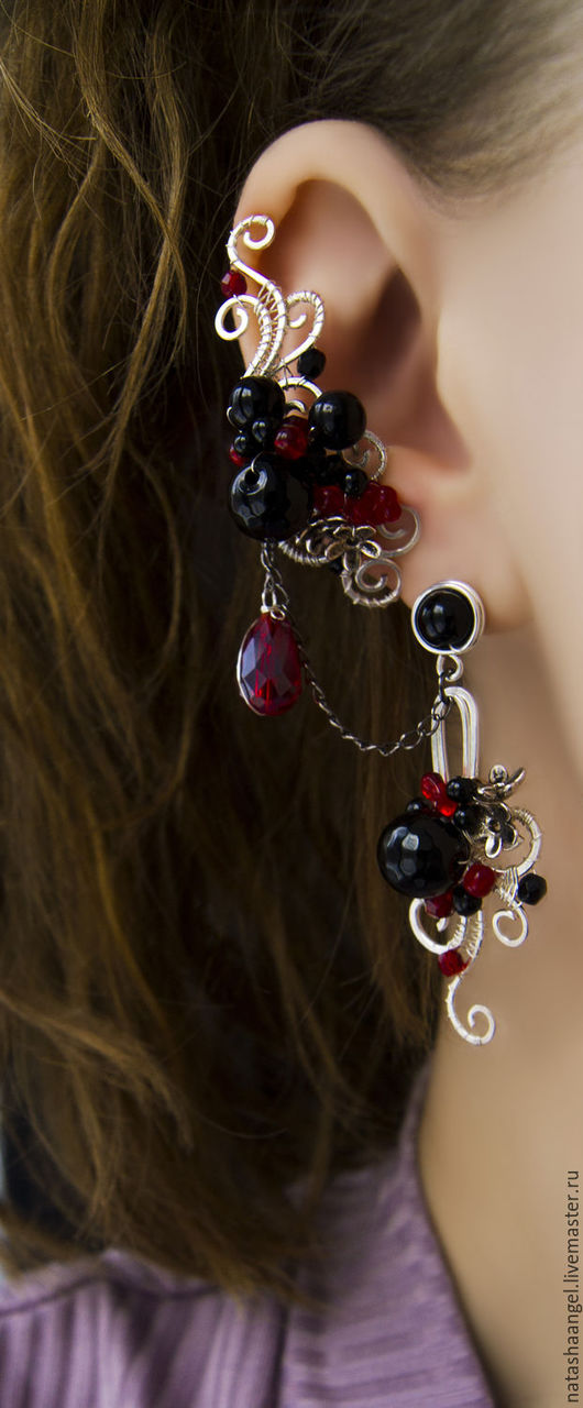 """Серьги ручной работы. Ярмарка Мастеров - ручная работа. Купить Черные серьги с камнем """"Ночные чары"""" (кафф, черный цвет, черно-красный. Handmade."""