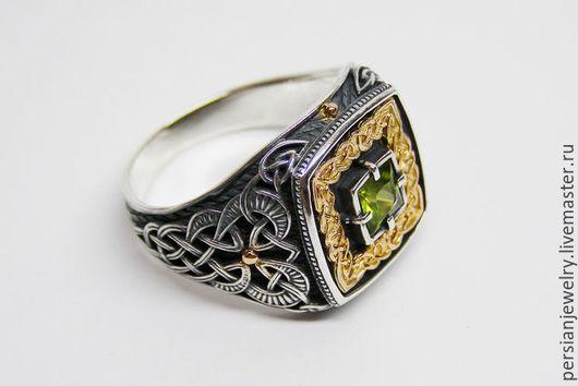 """Украшения для мужчин, ручной работы. Ярмарка Мастеров - ручная работа. Купить Мужской перстень """"Дар Волхвов"""" серебро хризолит. Handmade."""