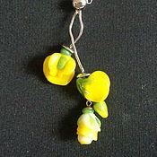 Украшения handmade. Livemaster - original item Pendant Flowers sweet peas, yellow lampwork. Handmade.
