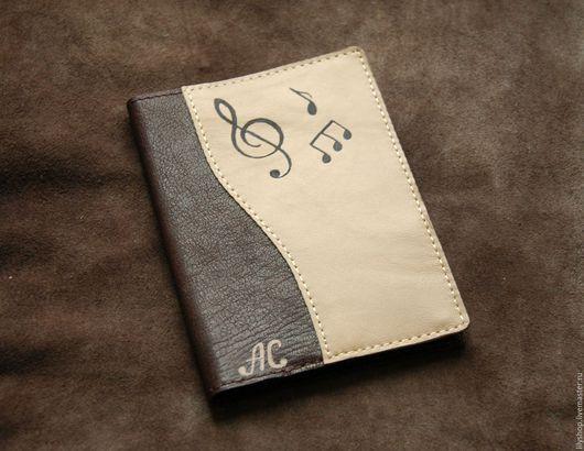 Обложки ручной работы. Ярмарка Мастеров - ручная работа. Купить Обложка музыкальная на паспорт/автодокументы из натуральной кожи. Handmade. Обложка на паспорт
