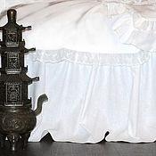 Подзоры и юбки для кровати ручной работы. Ярмарка Мастеров - ручная работа Льняной подзор для кровати классический. Handmade.