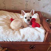 Для домашних животных, ручной работы. Ярмарка Мастеров - ручная работа Лежак с меховой подушечкой для маленьких собак. Handmade.