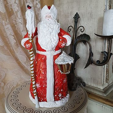 Сувениры и подарки ручной работы. Ярмарка Мастеров - ручная работа Ватный Дед Мороз в красном тулупе и с фонариком. Handmade.