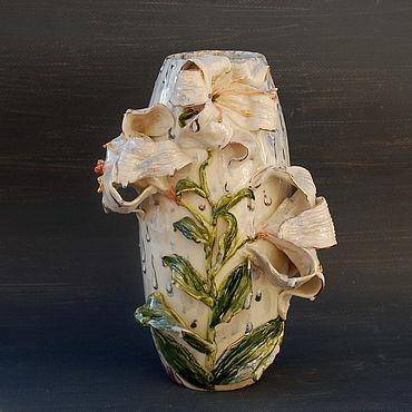 """Для дома и интерьера ручной работы. Ярмарка Мастеров - ручная работа """"Лилии под дождём"""".Ваза фарфоровая. Handmade."""