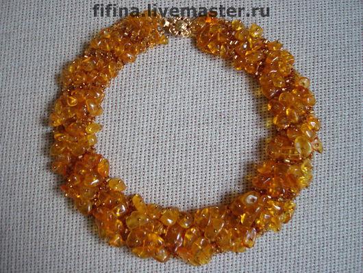 "Колье ""Янтарный мох"" со светлым янтарем"