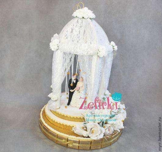 Букеты ручной работы. Ярмарка Мастеров - ручная работа. Купить Свадебная беседка из конфет подарок на свадьбу свадебный декор. Handmade.