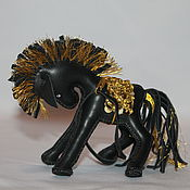 Сувениры и подарки ручной работы. Ярмарка Мастеров - ручная работа лошадка из кожи. Handmade.