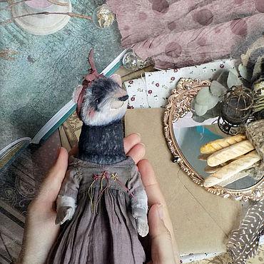 Куклы и игрушки ручной работы. Ярмарка Мастеров - ручная работа Mrs. Ferret, хорёк Тедди. Handmade.