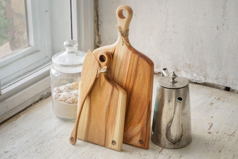 Кухня ручной работы. Ярмарка Мастеров - ручная работа. Купить Набор из 2-х досок и лопатки из карагача. Выгодный подарок женщине. Handmade.