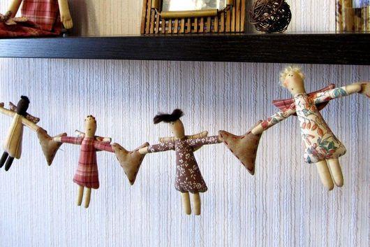 Куклы Тильды ручной работы. Ярмарка Мастеров - ручная работа. Купить Девули-красотули (гирлянда). Handmade. Интерьерная кукла, тильда