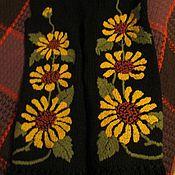 """Одежда ручной работы. Ярмарка Мастеров - ручная работа Жилет ручной вязки с вышивкой """"подсолнухи"""". Handmade."""