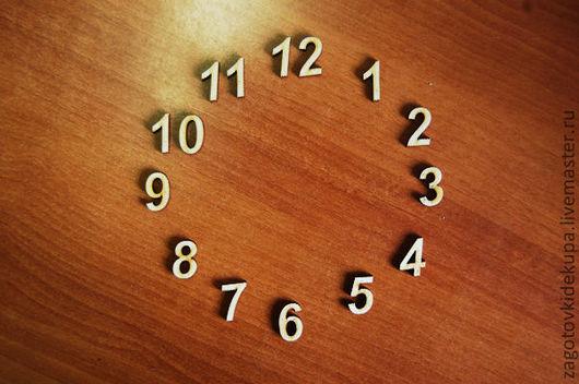 Набор цифр для часов  (Продается в палетках) Высота цифры - 2 см  Материал: фанера 3 мм