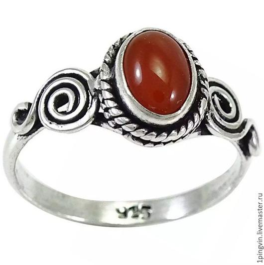 Серебряное кольцо с натуральным сердоликом