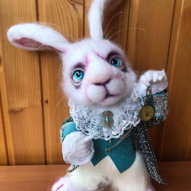 Игрушки животные, ручной работы. Ярмарка Мастеров - ручная работа. Купить Кролик из Алисы. Валяная игрушка. Handmade. Игрушка заяц
