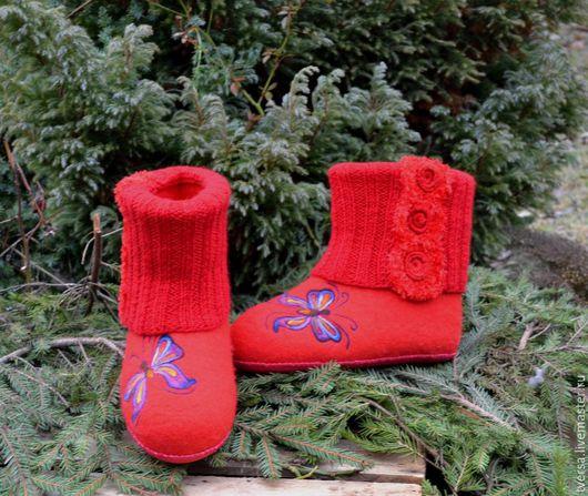 Обувь ручной работы. Ярмарка Мастеров - ручная работа. Купить Валенки домашние ручной работы Леди в красном. Handmade.