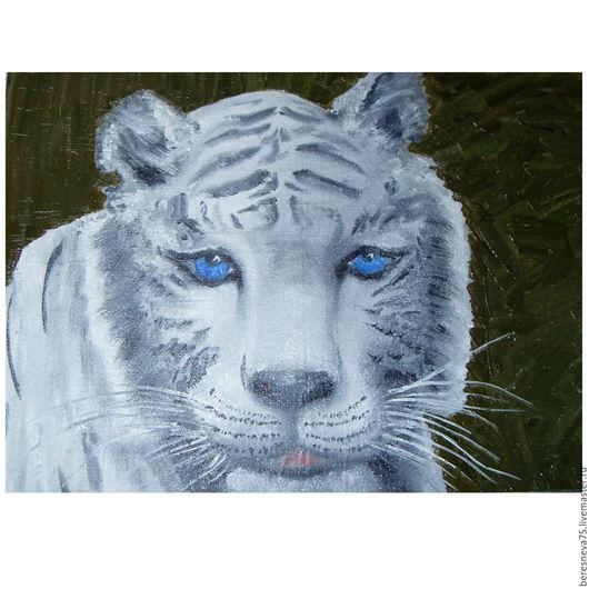 Белый тигр. Олицетворение уязвимости. Ему трудно охотиться. Белый тигр слишком заметен в лесу или поле.  Ему необходима защита, забота.