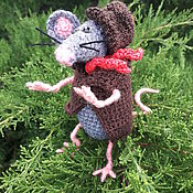 Подарки к праздникам handmade. Livemaster - original item Gifts: Mouse knitted.