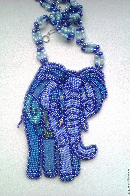 Колье, бусы ручной работы. Ярмарка Мастеров - ручная работа. Купить Африканский слон: вышитый бисером кулон. Handmade.