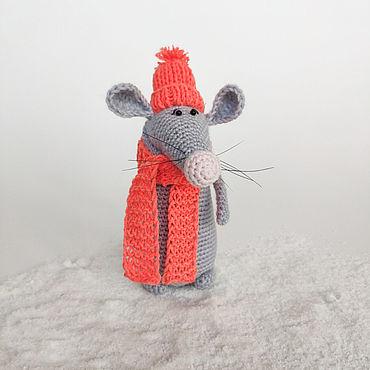 Куклы и игрушки ручной работы. Ярмарка Мастеров - ручная работа Мягкие игрушки: вязаный Крыс. Handmade.