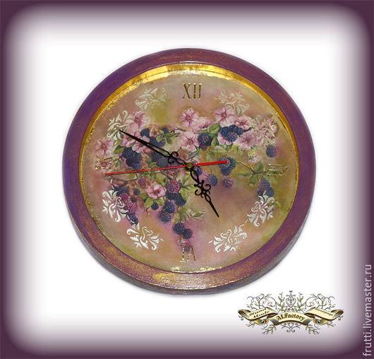 """Часы для дома ручной работы. Ярмарка Мастеров - ручная работа. Купить Часы """"Ежевичное облако"""" вариант 3. Handmade. Сиреневый"""