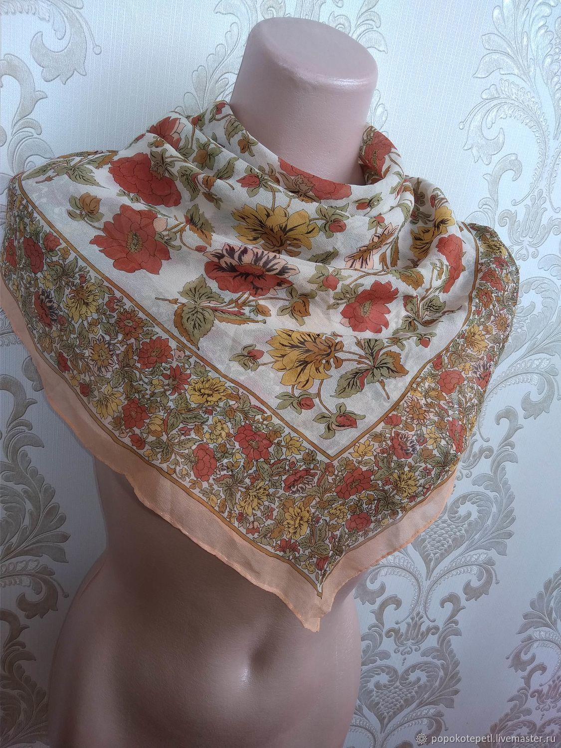Vintage Clothing & Accessories. Livemaster - handmade. Buy Handkerchief 'Summer flowers',cream silk,vintage Germany.Flowers