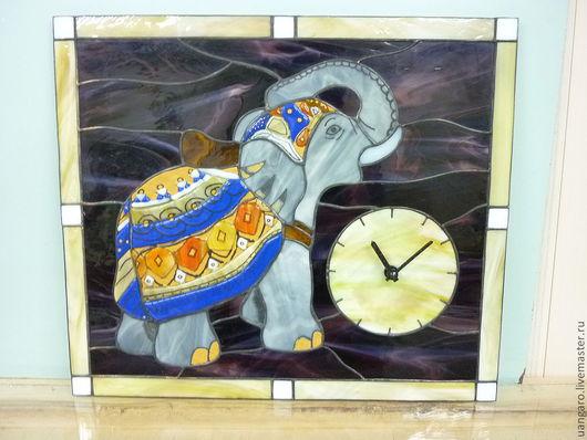 Часы для дома ручной работы. Ярмарка Мастеров - ручная работа. Купить Часы со слоном. Handmade. Витраж, часы, тиффани