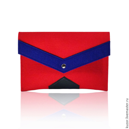 Женские сумки ручной работы. Ярмарка Мастеров - ручная работа. Купить Клатч красный. Handmade. 100% шерсть, фетр натуральный