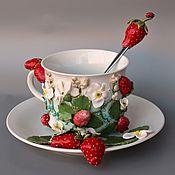 """Чайные пары ручной работы. Ярмарка Мастеров - ручная работа Чайная пара """"Клубничное настроение"""", декор из полимерной глины. Handmade."""