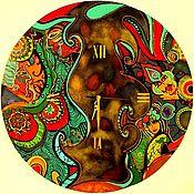 """Часы классические ручной работы. Ярмарка Мастеров - ручная работа Часы настенные """"Волшебная страна"""". Яркие. Авторская роспись. Handmade."""