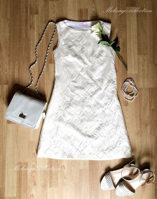 Платья ручной работы. Ярмарка Мастеров - ручная работа. Купить СКИДКА-3.200р!!Белое платье А-силуэта из жаккарда. Handmade.