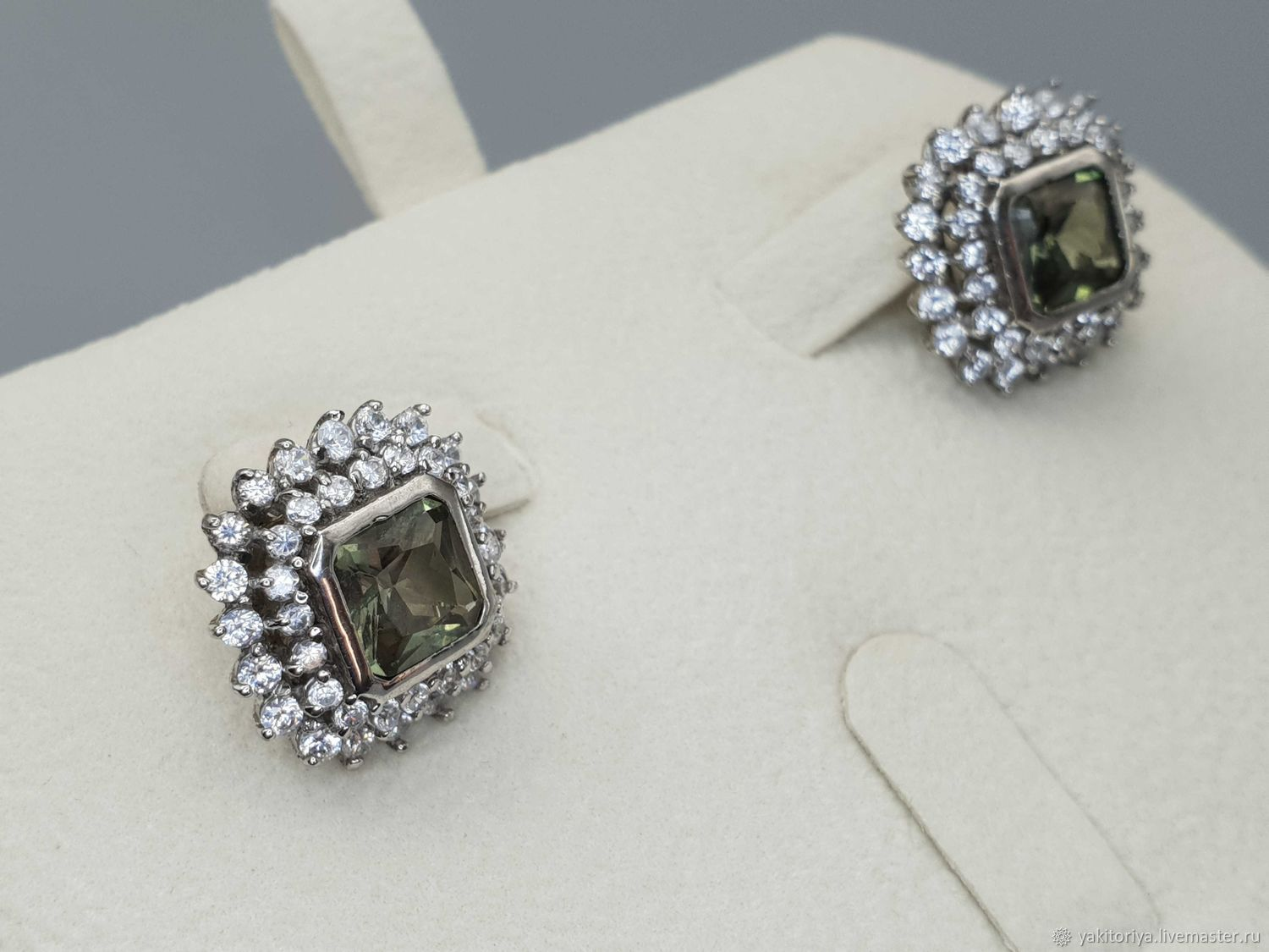 Silver earrings with 7h7 mm chrysolite and cubic zirconia, Earrings, Moscow,  Фото №1